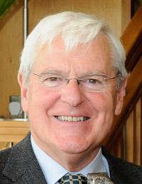Dr Seamus Hanrahan